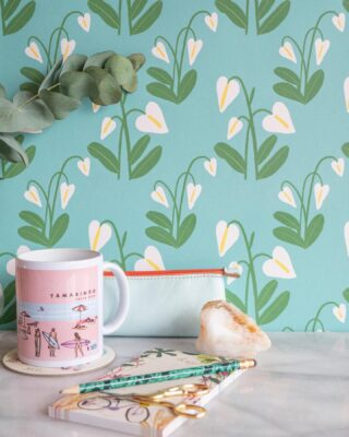 ¿Querés ese espacio de trabajo aún más inspirador y creativo en casa? Podés transformar y diseñar ese rinconcito que necesitás cada día con nuestros wallpapers junto a @creativewalls.official❤️